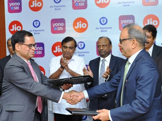 SBI teams up with Reliance