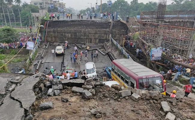Majerhat Bridge kolkata collapse