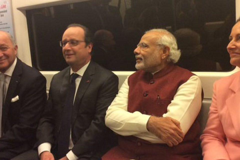 Opposition nails Modi after former French President Francois Hollande speaks