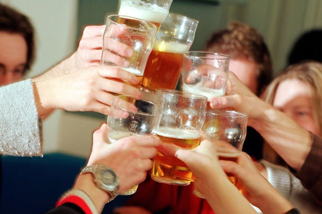 Per capita alcohol consumption in India   doubled : WHO