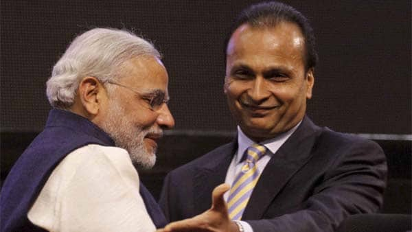 Ericsson knocks  SC door not to allow Anil Ambani go out of India