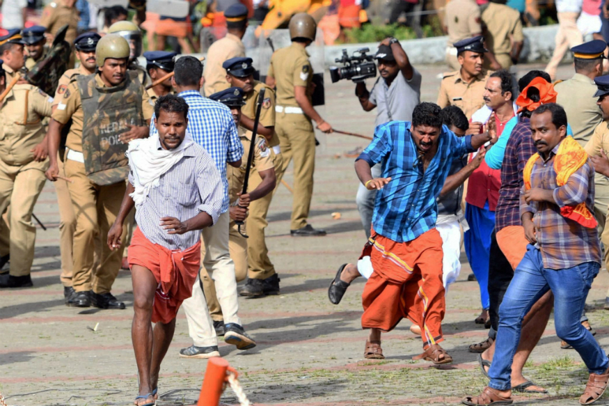 Sabarimala : Kerala police FIR against 2000 people and look out notice against 200