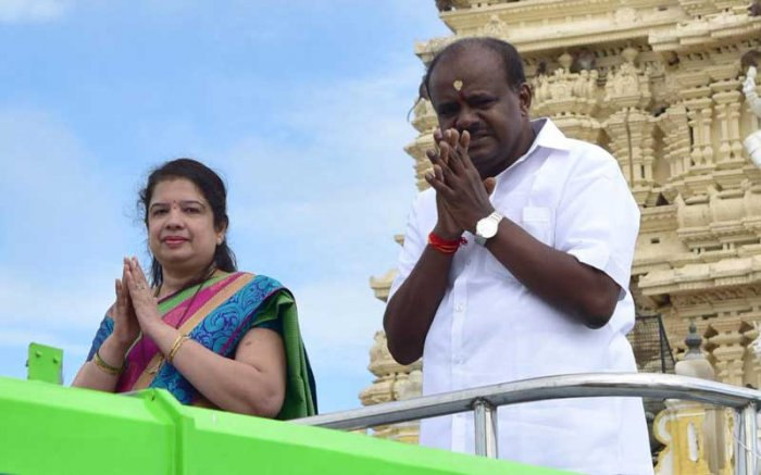 Cake walk for Anitha kumaraswamy as BJP candidate withdraws from race