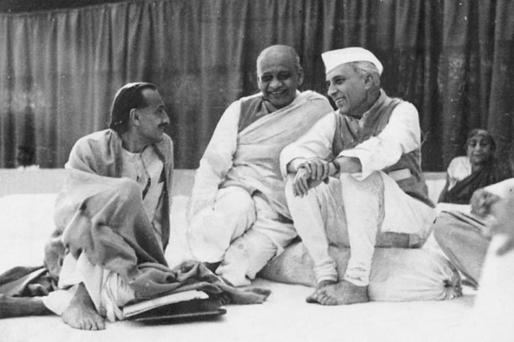 Why  Congress Home minister Sardar Patel refused to meet  RSS leader post Ban