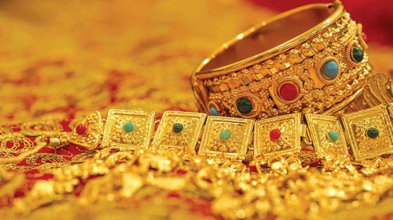 Gems and jewellery market in India to reach 100 billion $ by 2025 says Gold traders
