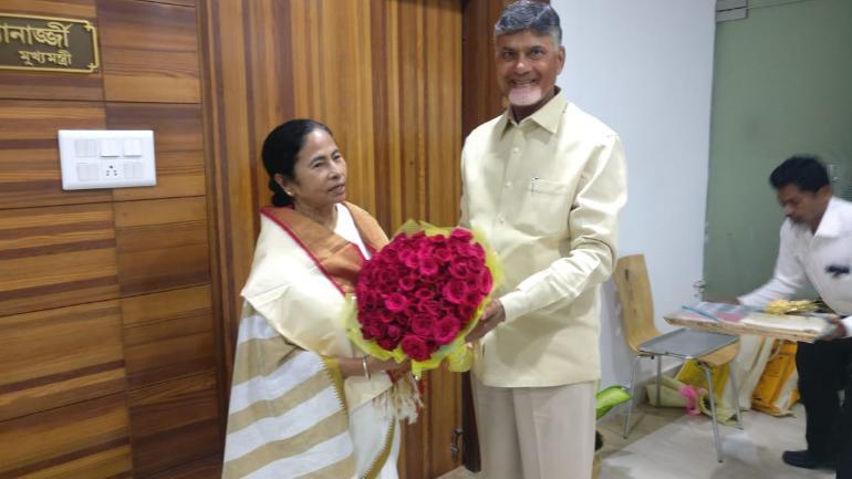 Chandrababu, Mamata meet in Kolkata Propose Mega  Opposition meeting in January 2019