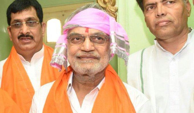 Congress chief Rahul Gandhi reprimand  CP Joshi  over 'Brahmin' remark
