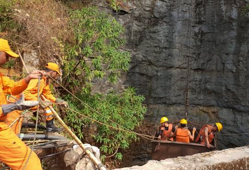 Meghalaya disaster : 13 miners feared dead after being flooded in illegal mine