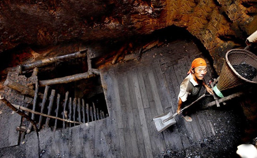 Survivor claims No way trapped miners will come out alive