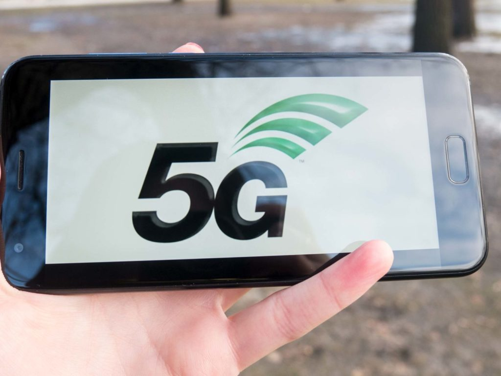 Time to check 5G phone in the new 2019 year
