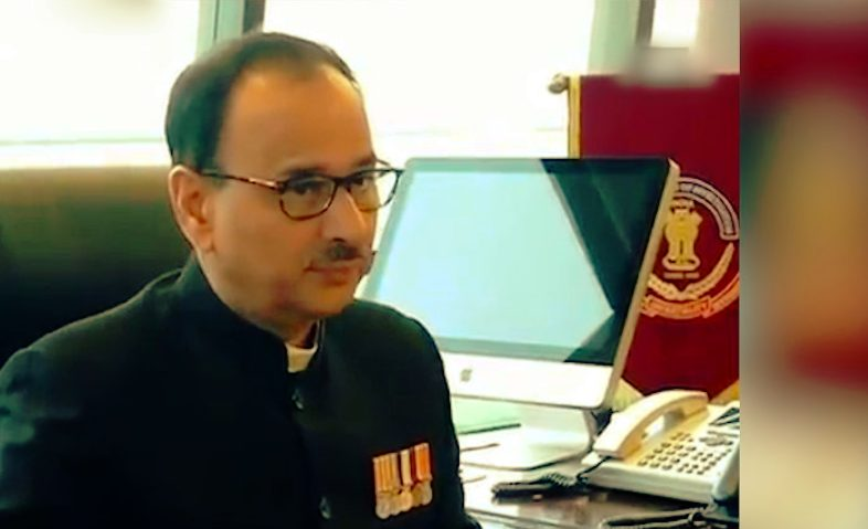 Alok Verma refuse to take Modi government order  but resigns