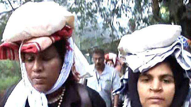 Hindu women visited sabarimala  beaten up registered a case against her mother-in-law