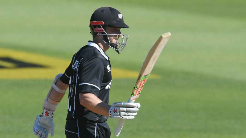 New Zealand  3 series ODI : Shami, Spinners set up easy  win for India  1-0