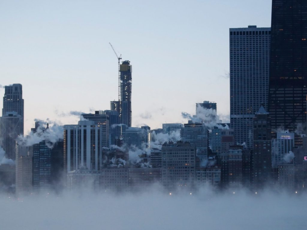 Chicago freezes at -20 degrees, midwest cold wave blast to get worse in US