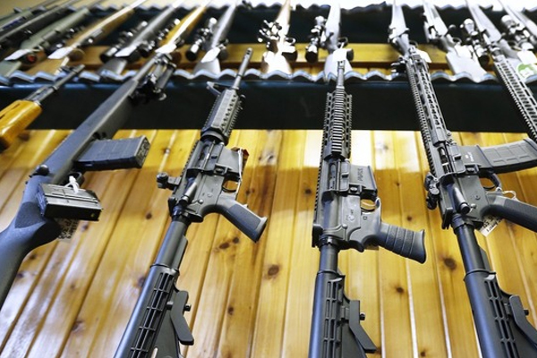 India Purchase 72400 assault rifles at   Rs 700 crore from USA : Defense Ministry