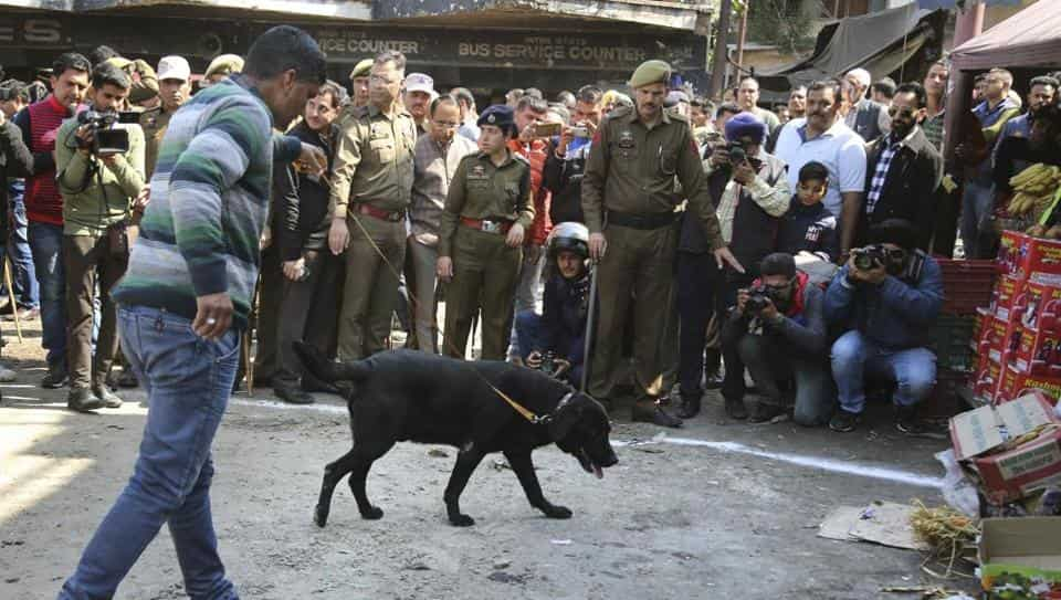 Jammu Kashmir Bomb blast kills 1 and 32 injured