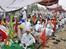 """Farmers started 3 days """"Stop Rail"""" agitation in Punjab leads to suspension of  train services"""